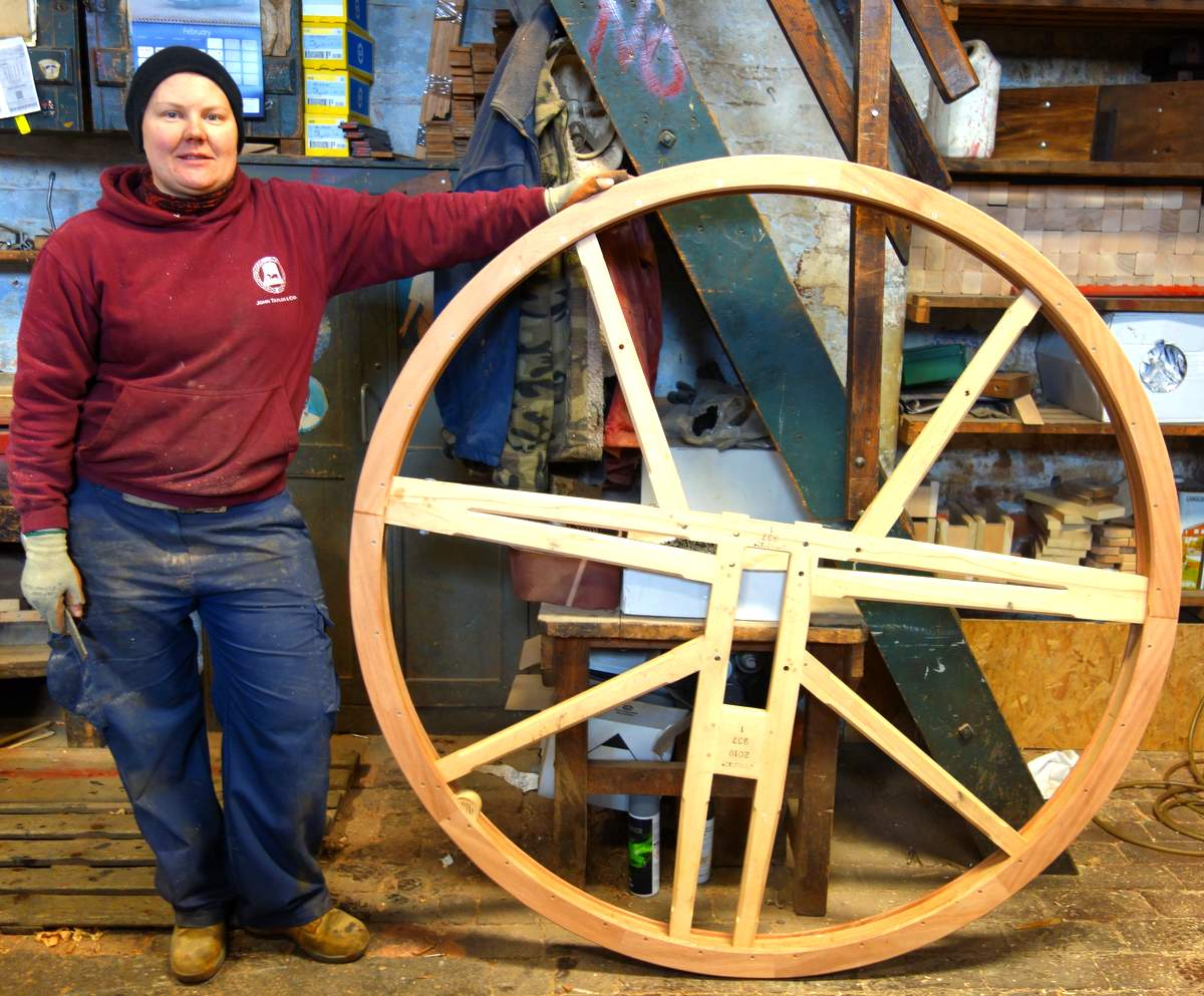 Kart has completed the first of the wheels - seven more to make!