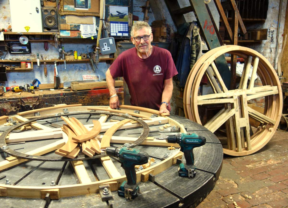 Three of the wheel centres were re-used, but Mick is making three new wheels.