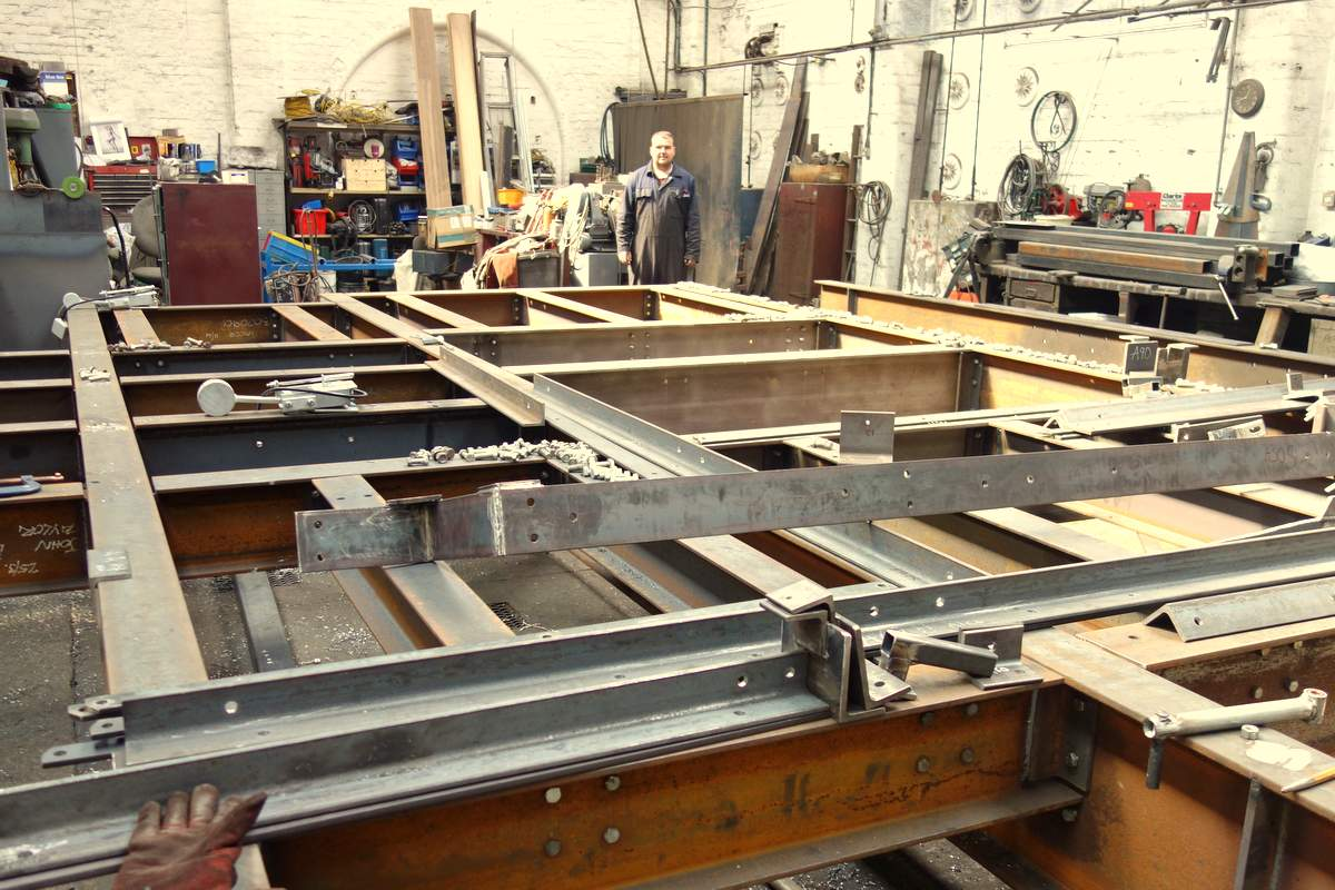 Dismantling the frame - off for galvanising next!