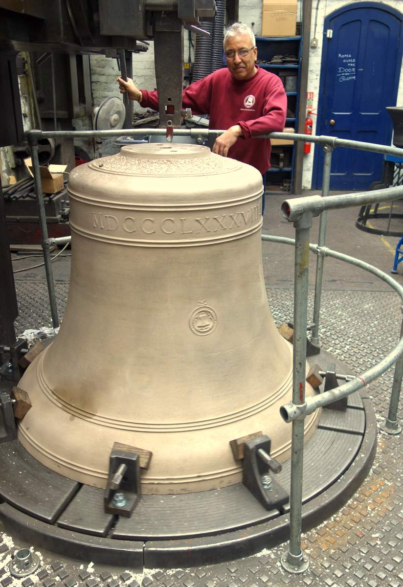 The top of each bell must be perfectly flat.
