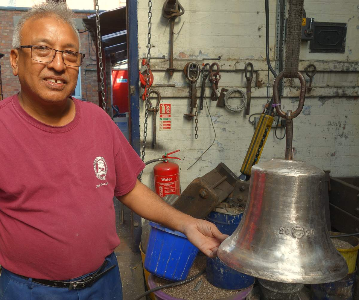 Girdar with the new treble bell.