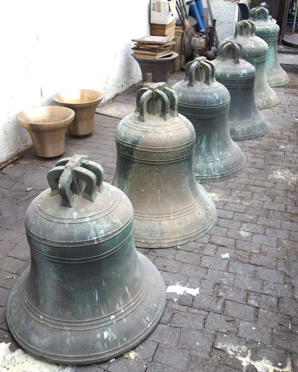 The Bells in the Tuning Shop